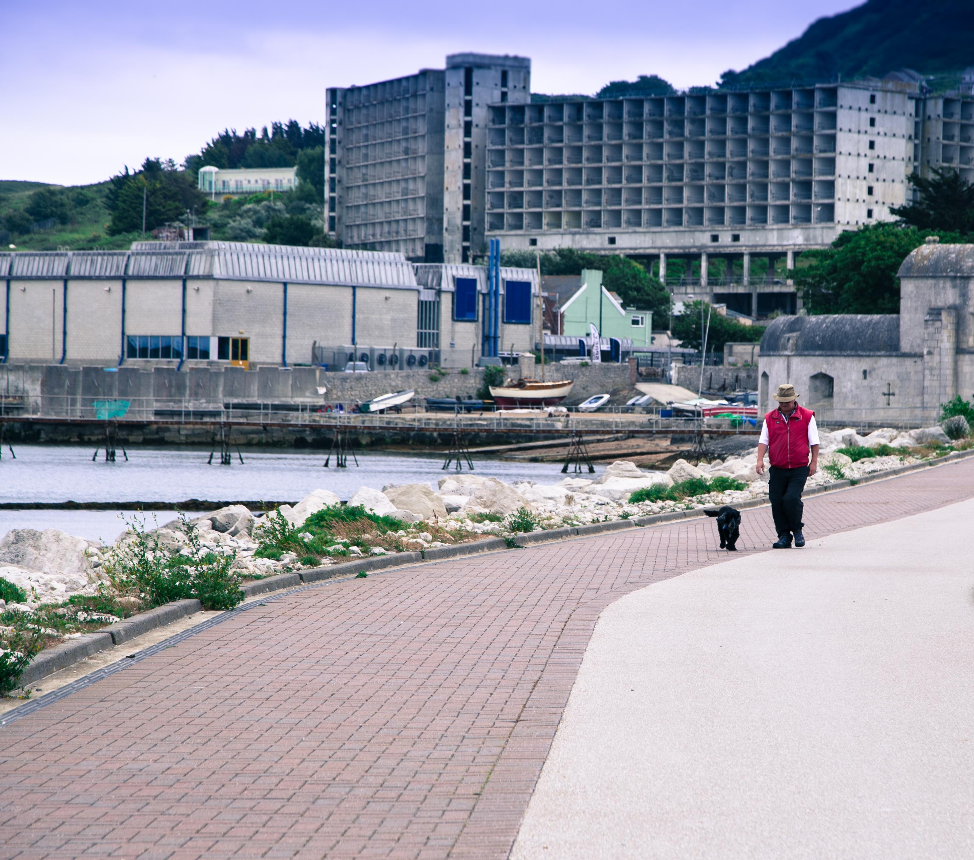 Walking at Osprey Quay. Copyright Elle Halley