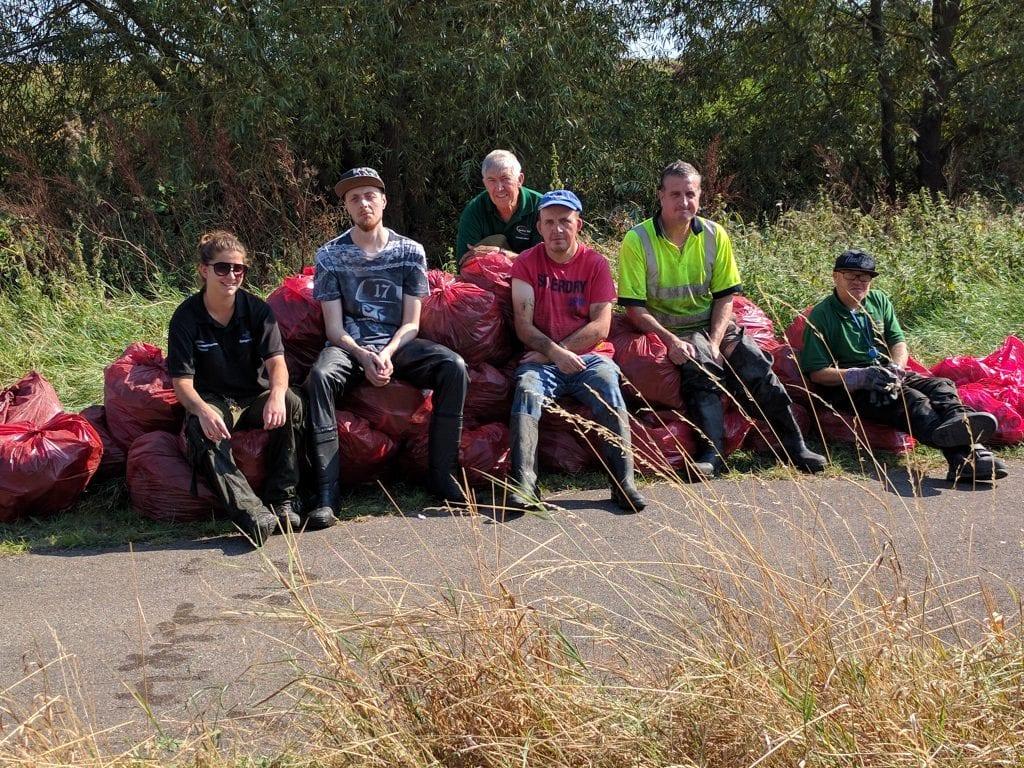 Volunteer clean-up at Beam Parklands